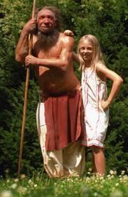 Neanderthaler mit Mädchen